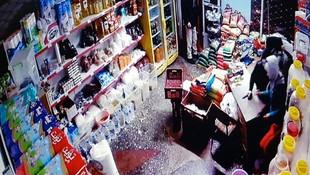 Afgan gaspçılar markette dehşet saçtı