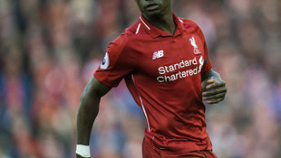 Liverpool'da forma giyen Sadio Mane'nin evi soyuldu