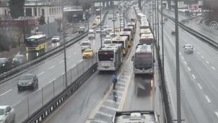 Bahçelievler'de metrobüs kazası: Yaralılar var