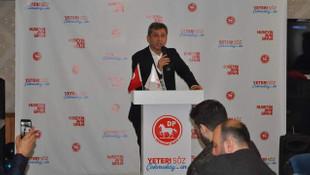 Çekmeköy'de DP'nin adayı Hüseyin Avni Sipahi'den gövde gösterisi