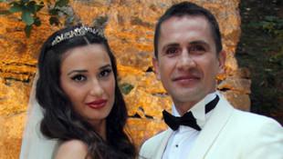 Emre Aşık ve eşi Yağmur Aşık boşanıyor