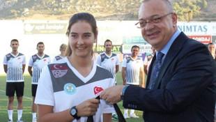 Genç kadın futbol hakemi Özge Kanbay vefat etti