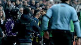 Beşiktaş - Fenerbahçe derbisinde iki takım oyuncuları tartıştı
