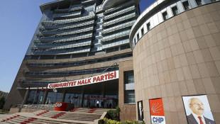 CHP'de Bayraklı ve tam yetki krizi
