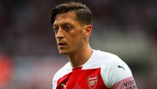 Arsenal'de Mesut Özil satılacak