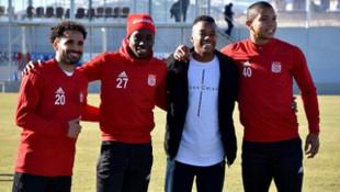 Robinho'dan eski takımı Sivasspor'a ziyaret