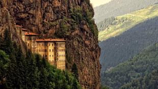 Sümela Manastırı ziyarete açılıyor