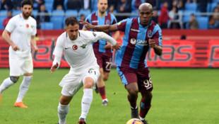 Akhisarspor Süper Lig'de son sıradan kurtulamadı