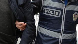 Erdoğan'ın fotoğrafının olduğu gazeteyi yere seren şoföre gözaltı