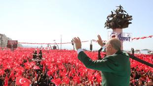 Cumhur İttifakı'nın İzmir mitingine kaç kişi katıldı ?