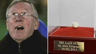 Sir Ferguson'un çiğnediği sakız açık artırmada !