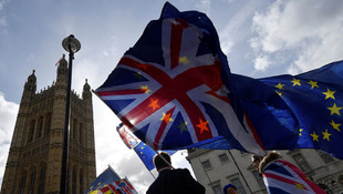 İngiltere Brexit'i 30 Haziran'a kadar erteledi