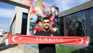 Real Madrid'in Ozan Kabak'la ilgilendiği iddia edildi