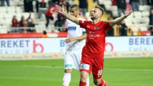 Hakan Özmert: Nazım Sangare milli takımı hak ediyor