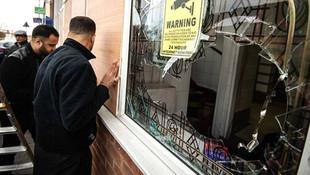 İngiltere'de 4 camiye saldırı !