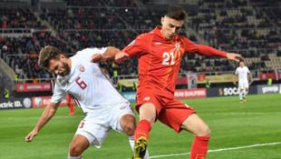 Fenerbahçeli yıldız Eljif Elmas ülkesinde coştu