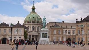 Danimarkalı lider Kur'an-ı Kerim yaktı