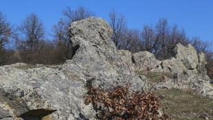 Herkes sadece kaya sanıyordu; 4 bin yıllık tapınak çıktı