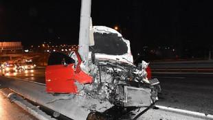 İstanbul'da feci kaza: 1'i polis, 3 yaralı