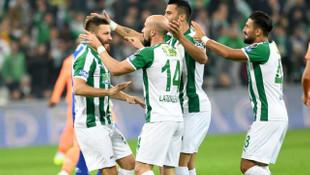 Bursaspor'da 9 futbolcunun sözleşmesi sona eriyor