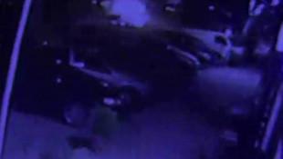 Park halindeki araçlara çarpıp kaçtı, kaza kameraya yansıdı