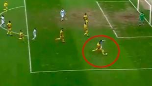 Yeni Malatyaspor-Başakşehir maçında tartışmalı penaltı