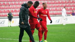 İstikbal Mobilya Kayserispor'da Asamoah Gyan sakatlandı