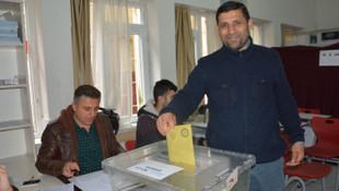 Türkiye vatandaşı olan Suriyeliler oy kullandı