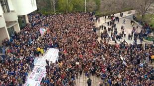 ODTÜ bahar şenliği krizi ! Öğrencilerden ''zıplamalı'' protesto