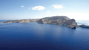 5 ada Yunanistan'a bırakıldı