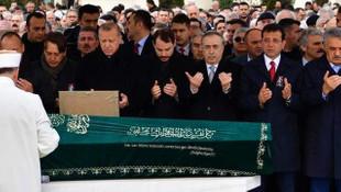 Erdoğan ve İmamoğlu cenaze namazında yan yana saf tuttu