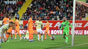 Alanyaspor'dan Fenerbahçe'ye olay gönderme