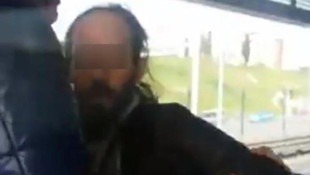 Metrobüste masturbasyon sapık kamerada !