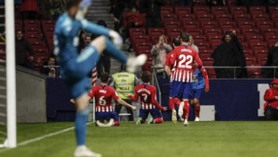 Atletico Madrid 3 - 2 Valencia