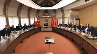 Kılıçdaroğlu 11 büyükşehir belediye başkanıyla buluştu