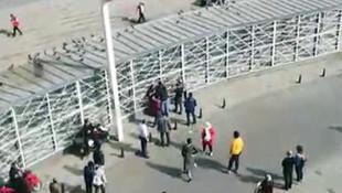 Taksim Meydanı'nda 'Fotoğrafımı paylaştın' kavgası