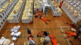 Günlerdir oy sayan 367 sandık görevlisi öldü