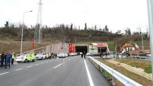 Erdoğan'ın açtığı ''en pahalı yol'' sadece 52 gün dayanabildi