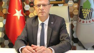 CHP'li başkan maaşını kız öğrencilere burs yaptı