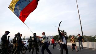 Venezuela'da darbe girişimi !