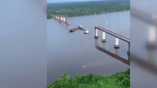 Brezilya'da feribot köprüye çarptı