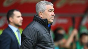 Bursaspor'da teknik direktör Samet Aybaba istifaya davet edildi