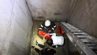Asansör boşluğuna düşen 2 kadın kabusu yaşadı