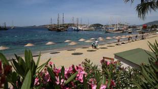 Belediye başkanı talimatı verdi; tamamı plajlardan kaldırıldı