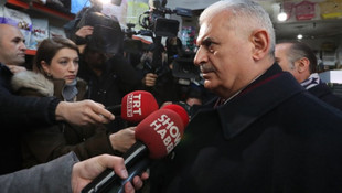 Binali Yıldırım'a ''Her şey çok güzel olacak'' protestosu