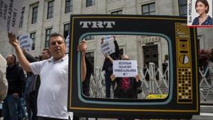 TRT'den tasfiye edilen personel eylem yaptı