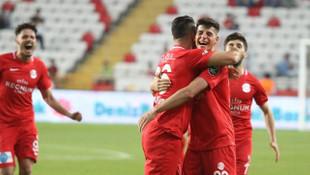 Antalyaspor 3 - 0 Yeni Malatyaspor