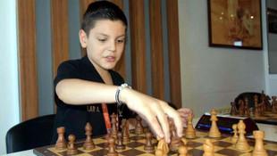Daha 10 yaşında... Dünya şampiyonu oldu
