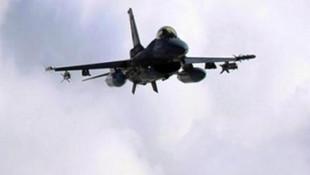 PKK'nın Kuzey Irak'taki inlerine bomba yağdı