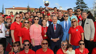 Eskişehir'de 100. Yıl Gençlik Kupası Dragon Yarışları nefes kesti